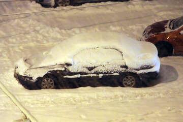 Cumulo di neve dell`automobile №3491
