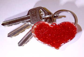 cuore rosso con le chiavi  №3424