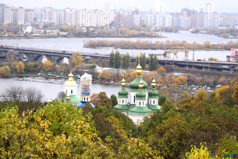 Видубецький монастир і споруджуваний залізничний міст імені Кірпи №3344