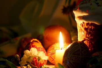 Ostern-Stillleben mit Kerze №30076
