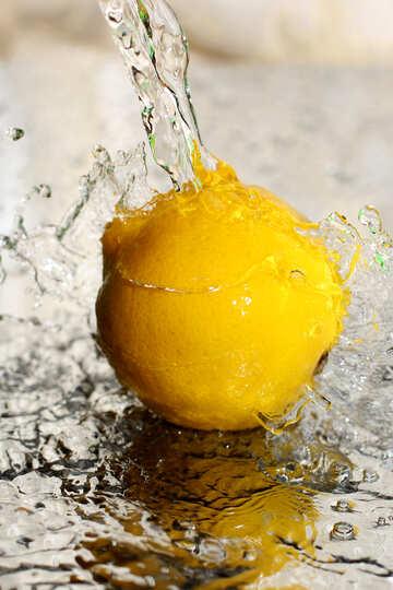 Lemon and water spray №30858
