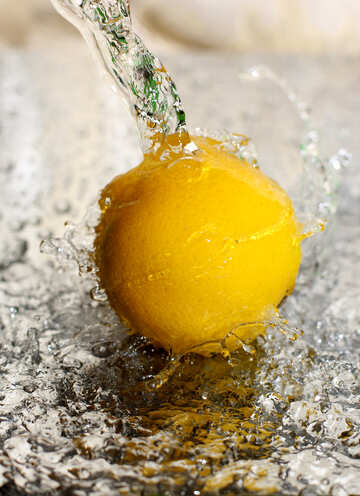 Lemon and water spray №30863