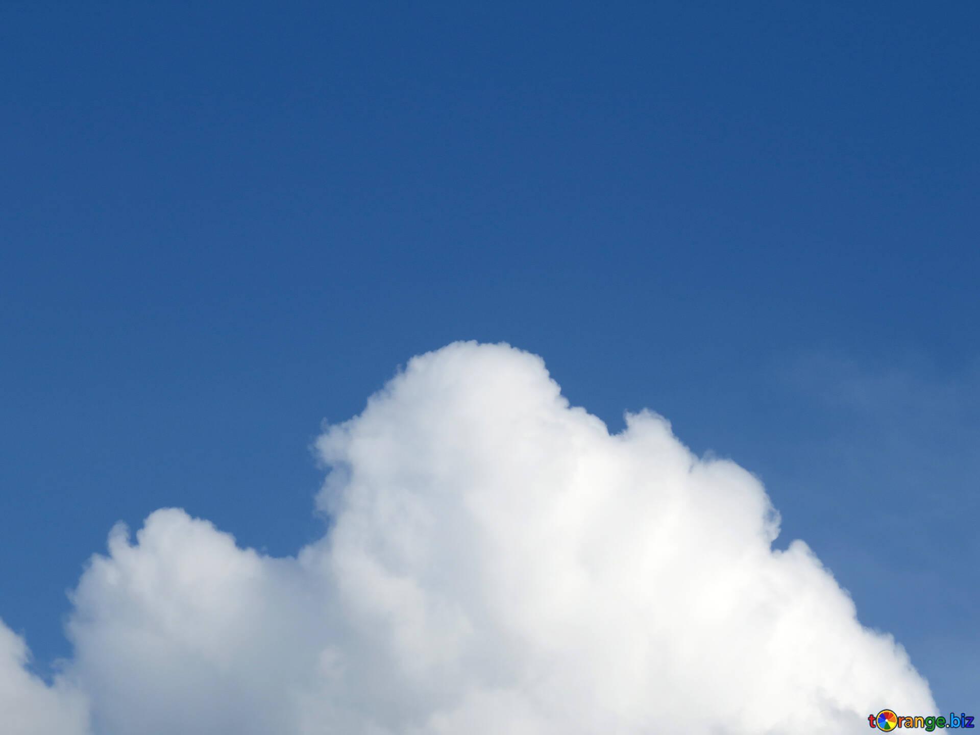 Blauer himmel weiße wolke auf blauem hintergrund himmel № 31045