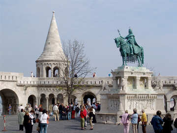 Touristen am Denkmal in Budapest №31990