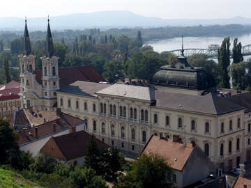 Esztergom City municipality №31837