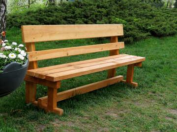 Деревянная скамейка в парке №31327