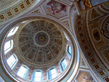 Beautiful painted under the dome of the Cathedral №31847