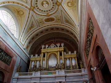 Organ in the Catholic Cathedral of Esztergom Hungary №31846