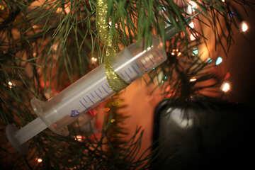 Syringe on Christmas tree №31092