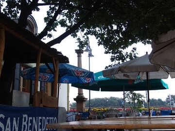 Outdoor café with umbrellas №31722