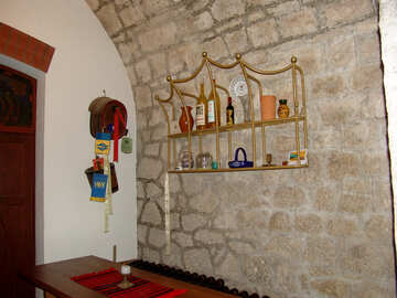 Design of basement-style wine shop №31707