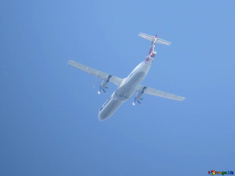 Avión №31669
