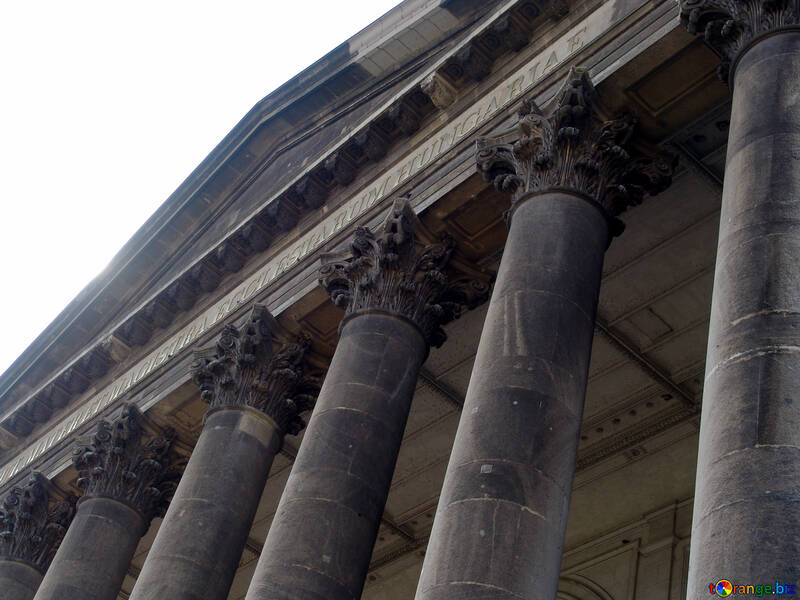 The columns at the entrance to the building №31830