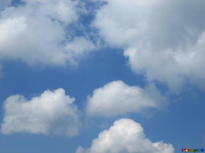 Cielo con nubes finas pequeñas №31560