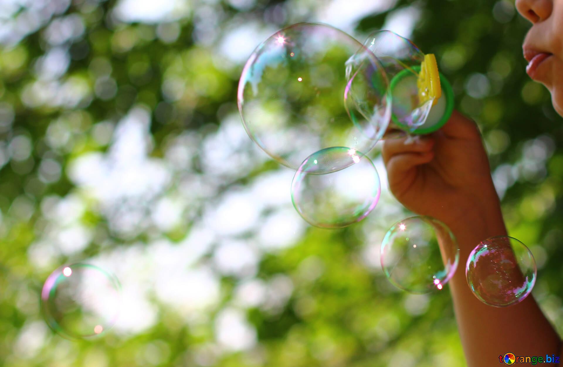 Мыльные пузыри открытка