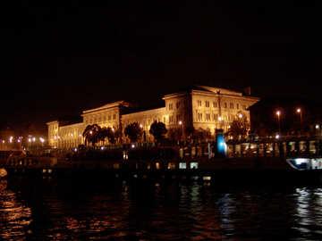 Budapest №32079