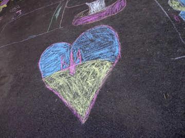 Heart drawing chalk on asphalt №32598