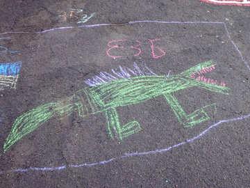 Kids drawing chalk crocodile №32580