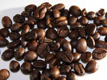 Eine Handvoll Kaffeebohnen №32297