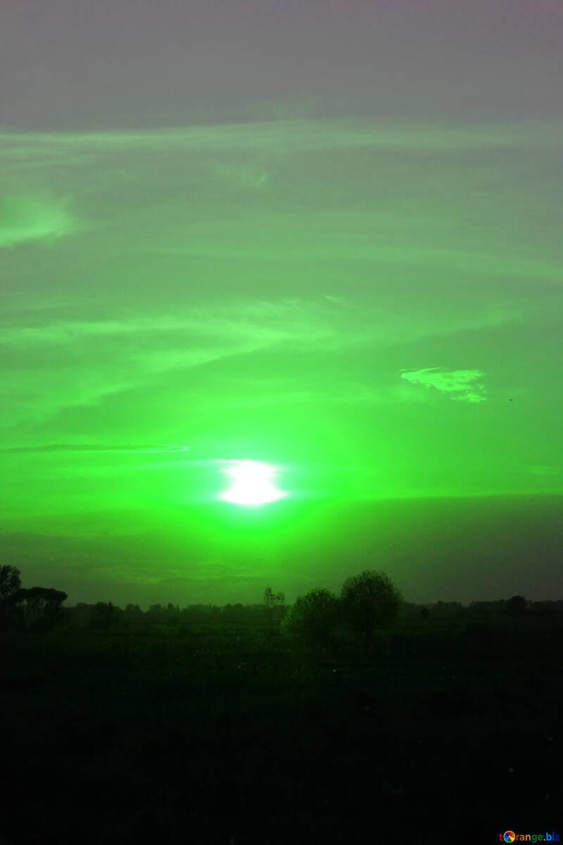 Green sunset №32452