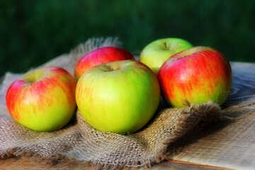 Beautiful apples №33568