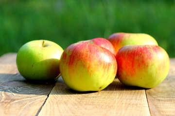 Healthy apples №33576