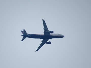 Passenger plane in the sky №33099
