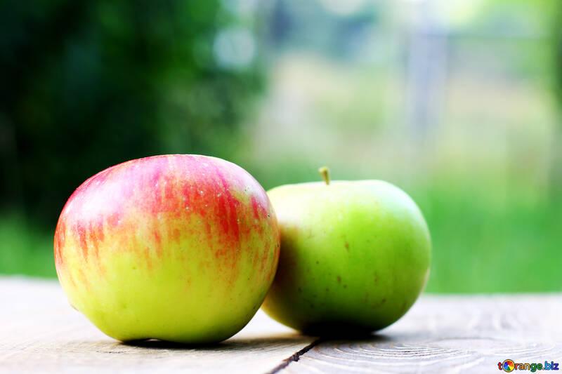 Apples №33584