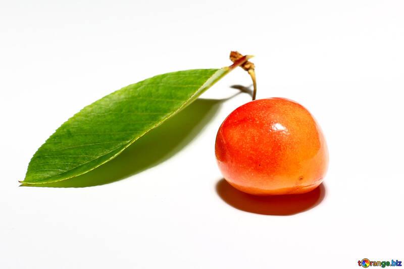 Yellow cherries isolated №33195