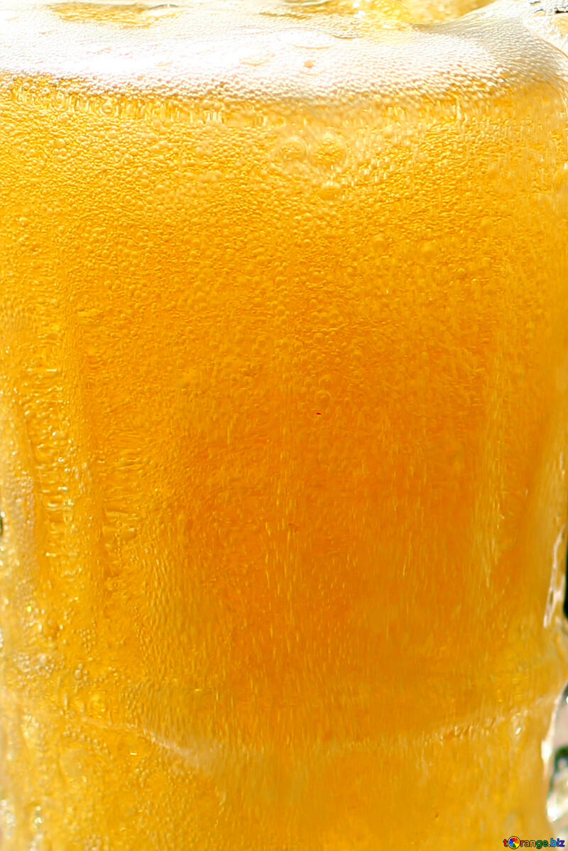 The texture of the beer in the glass №34462