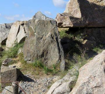 Huge stones №35984