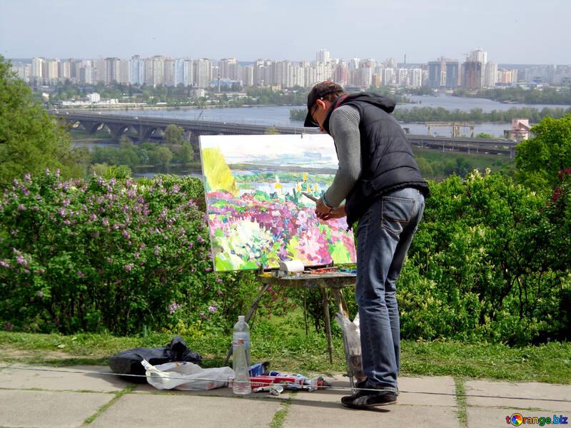 Un pintor pinta cuadro №35737