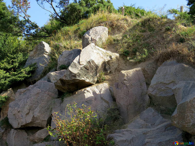 The heap of stones in the landscape design №35992