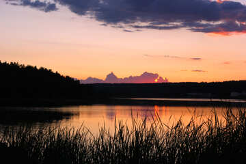 Вечер возле воды  №36471