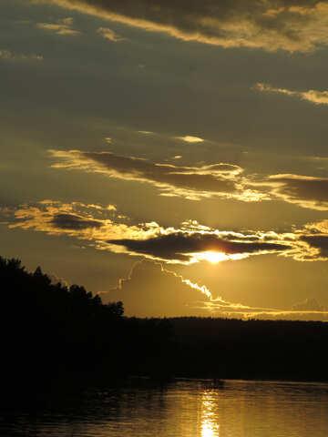 Cielo serale sul lago №36393