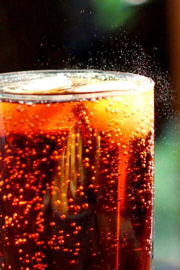 Carbonated beverage №36537