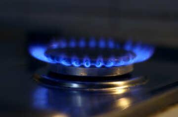 Газ горит на плите