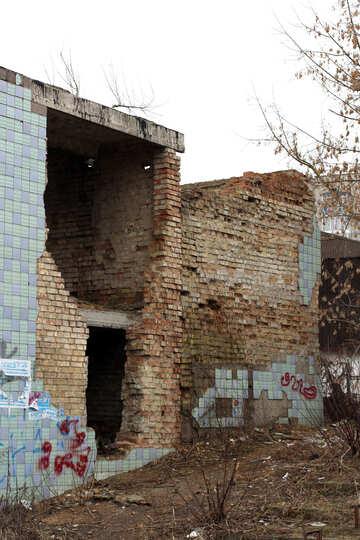 Brick ruined house №39054