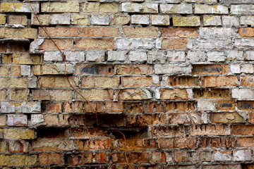 The texture of the destroyed brick №39049