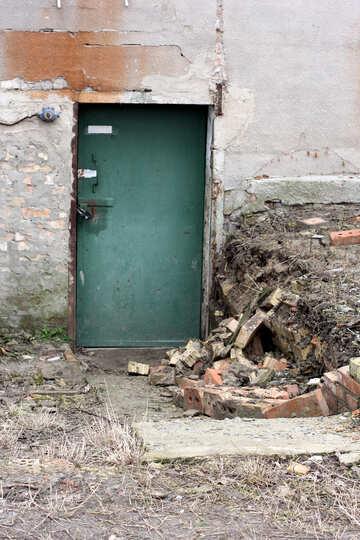 Abandoned door №39069