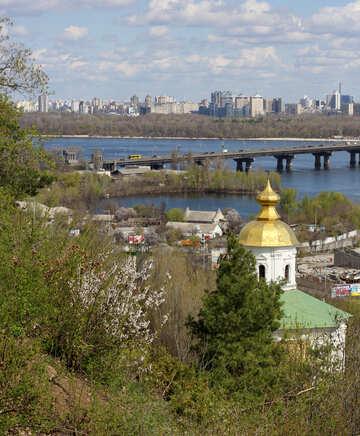 Kiev in primavera №39869