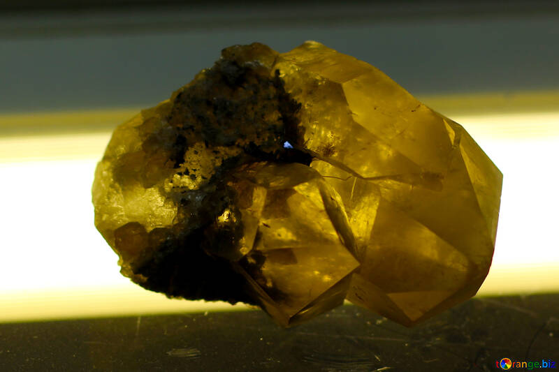 Quartz with rutilom and brookite №39478