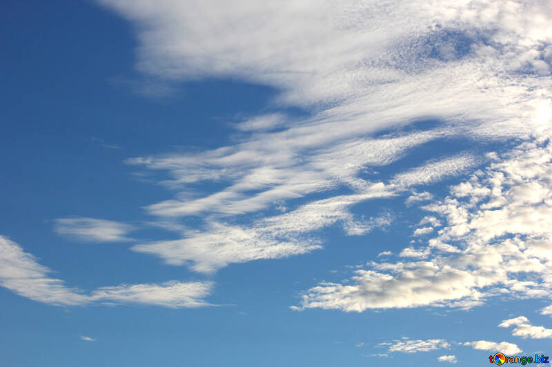 Beautiful clouds in the blue sky №39291