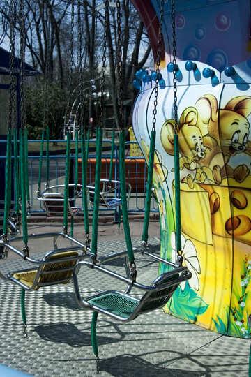 Empty  carousel №4560