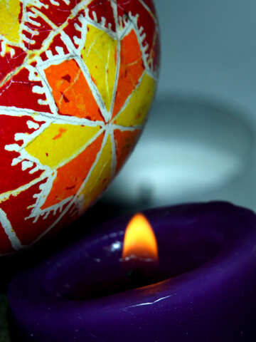 Easter egg and candle №4399
