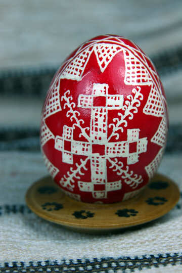 Easter egg. The symbol of the cross, roofs. The sign of divine power.