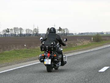 Motociclo sulla strada №4886