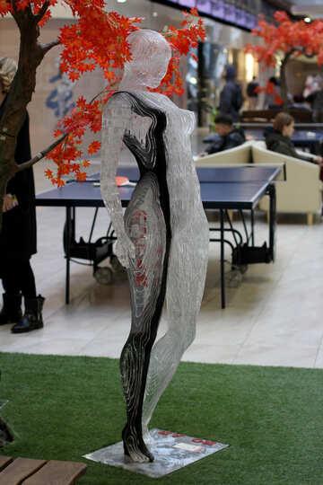 Moderna scultura ragazza №40977