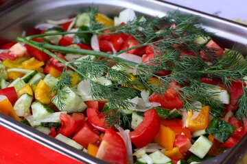 A fresh vegetable salad №40944