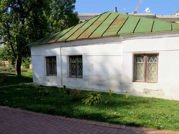 Old building under the metal roof №41178